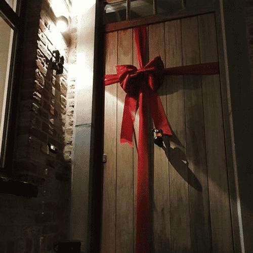 Deluxe Christmas Door Bows