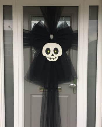 Halloween Skull Black Deluxe Door Bow