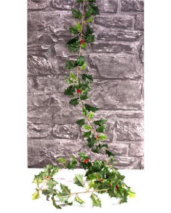 Green Holly & Berries Garland