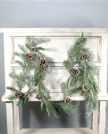 Snowy Pine Cone Garland